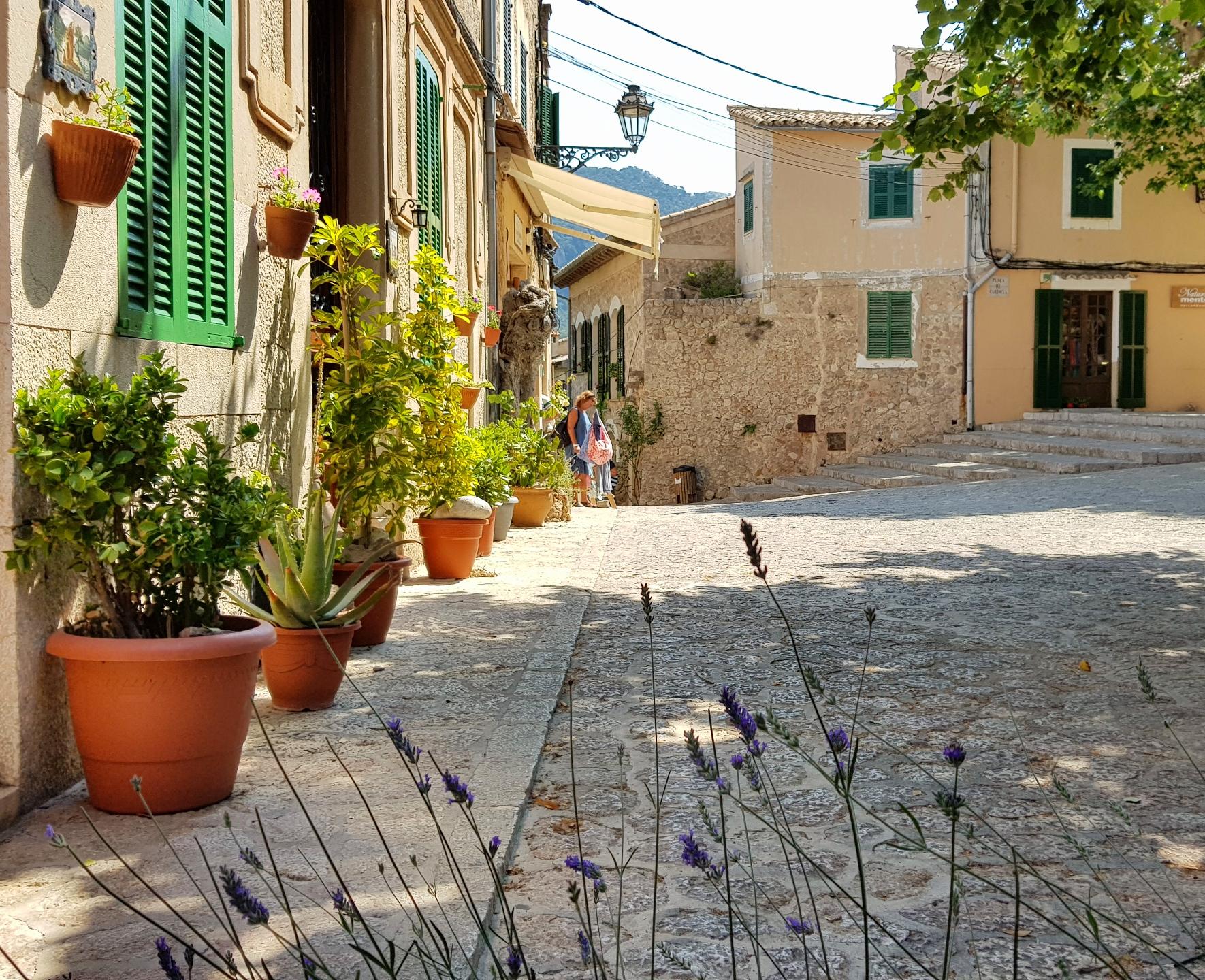 Valldemossa på biltur Mallorca