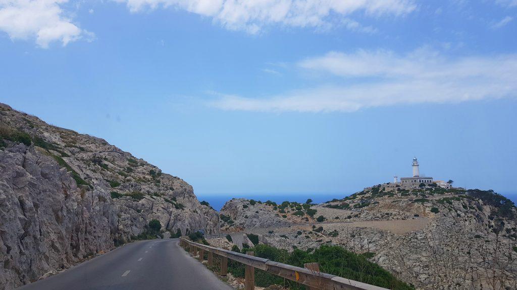 På vei mot fyret på Cap Formentor på Mallorca