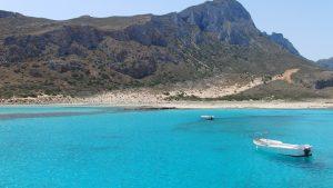 Balos på Kreta - en vakker strand med fjell og turkist vann
