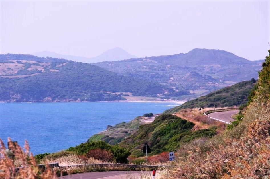 Alghero Sardinia - utflukt med bil langs kysten