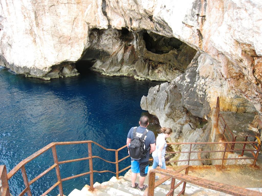 Trappene ned til dryppstensgrotten ved Alghero