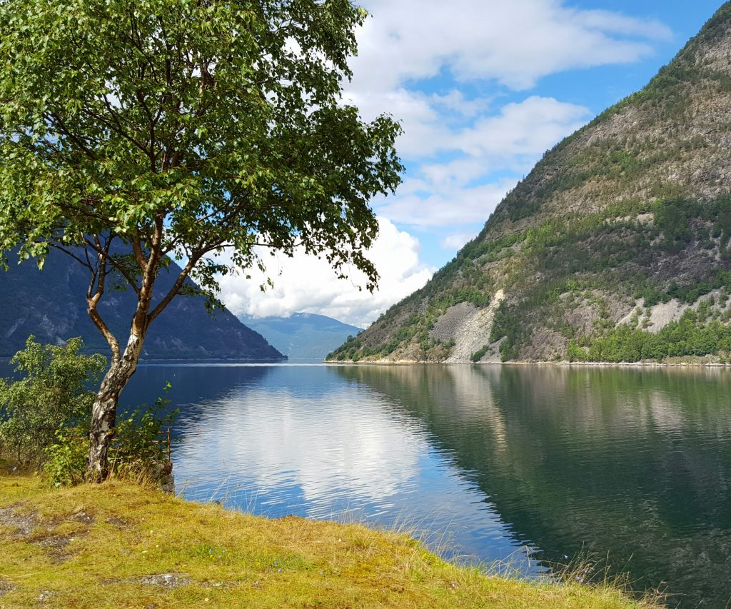 Bilferie på Vestlandet - Lærdalsfjorden