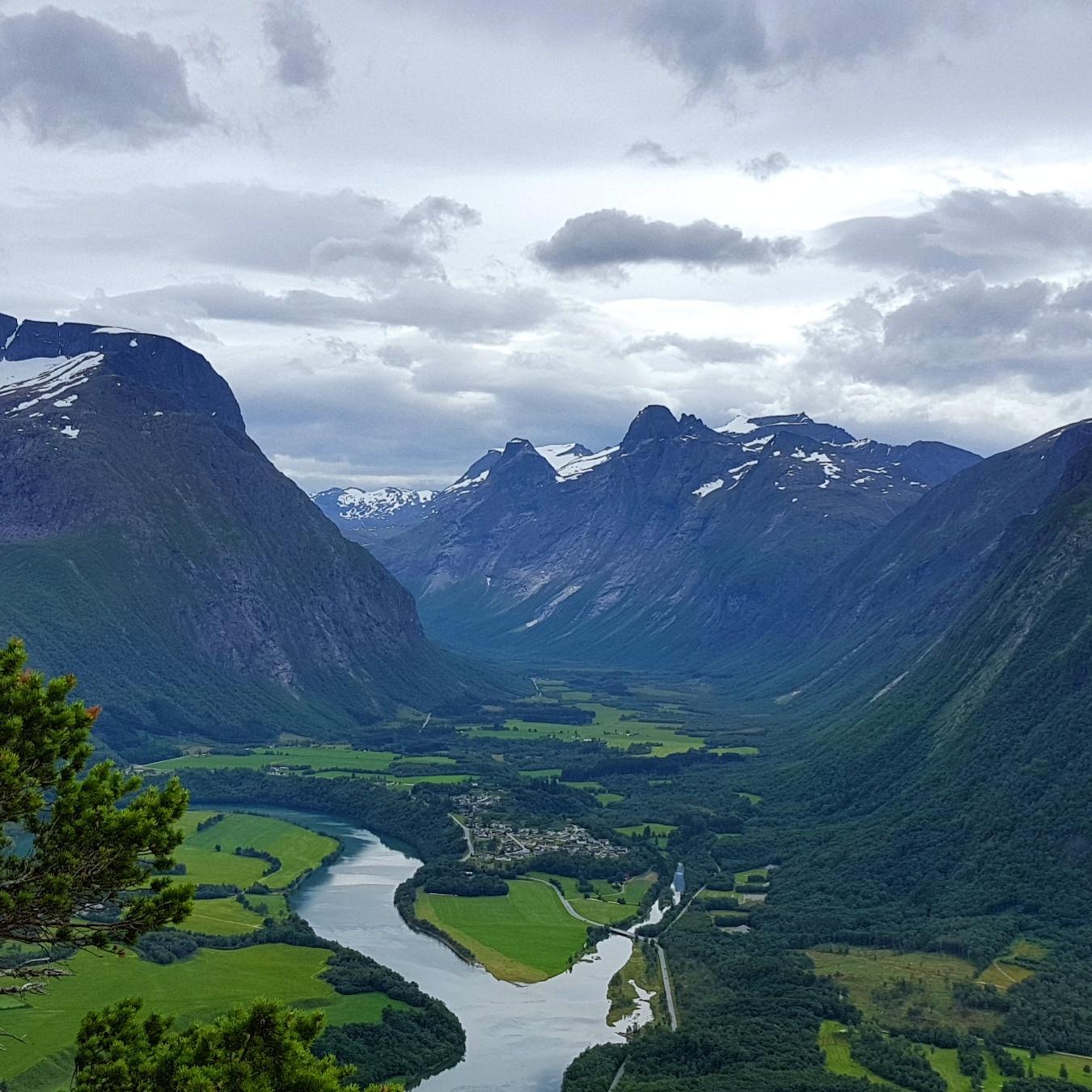 Romsdalen - fantastisk utsikt fra Rampestreken