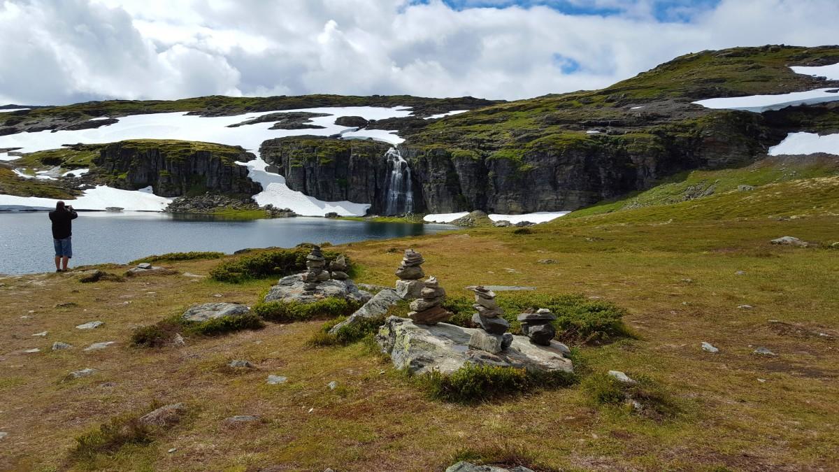 Bilferie på Vestlandet over Aurlandsfjellet på Snøveien