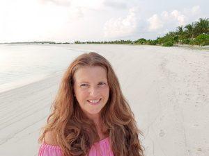 Selfie fra Sun Island Maldivene hvit sandstrand