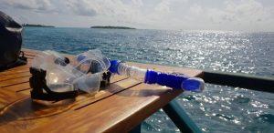 Snorkel og dykkermaske er fast følge på Sun Island