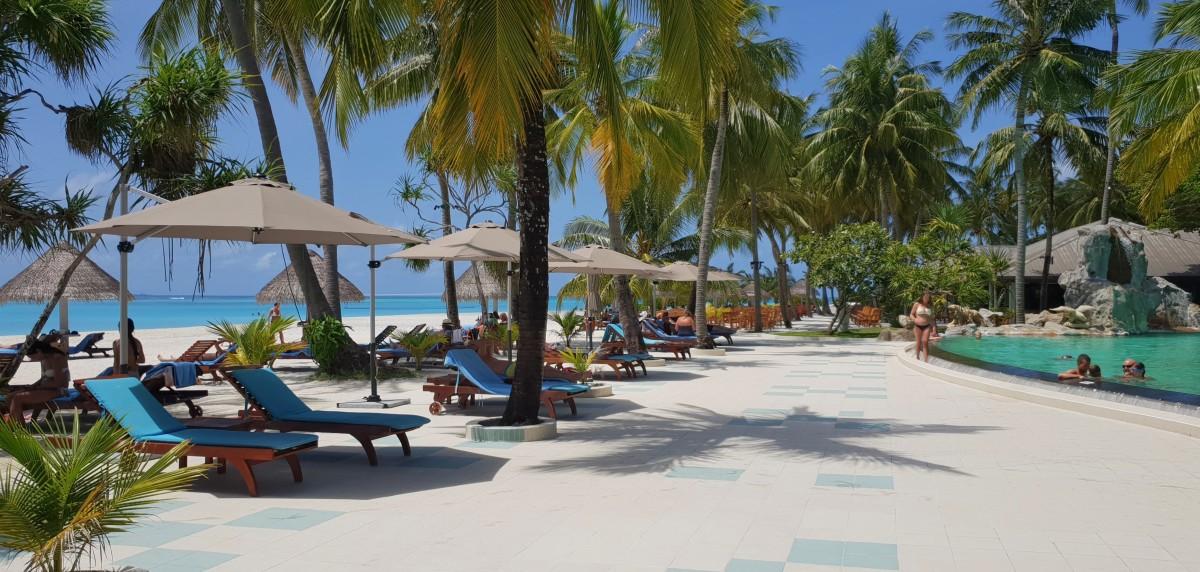Bassengområdet på Sun Island Resort