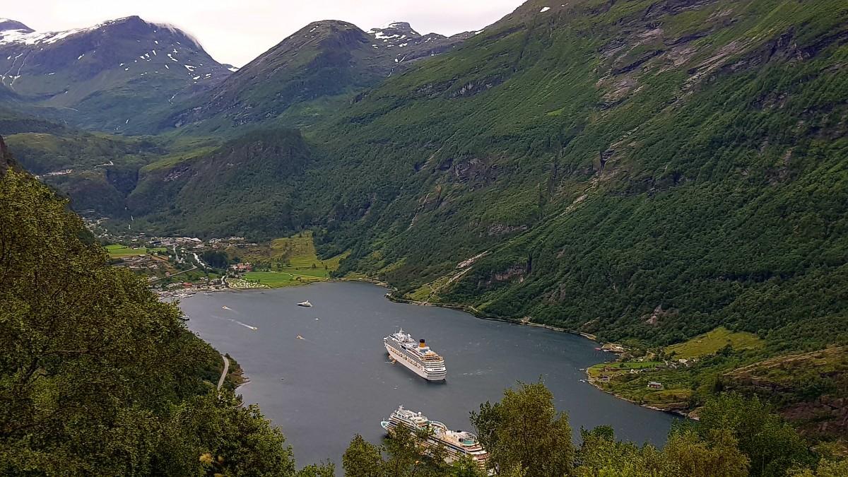 Bilferie Vestlandet med Utsikt mot Geirangerfjorden