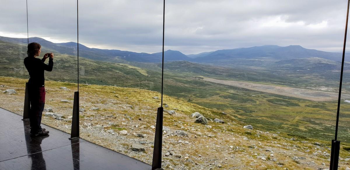Viewpoint Snøhetta utsiktspaviljong