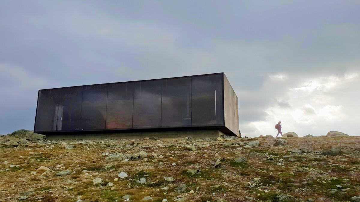 Viewpoint Snøhetta på Dovrefjell på bilferie