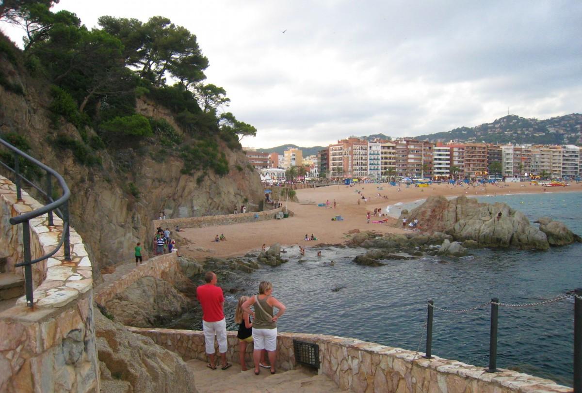 Utsikt mot bystranden i Lloret de mar