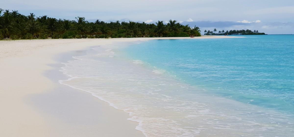 Sun Island Maldivene - lange hvite strender
