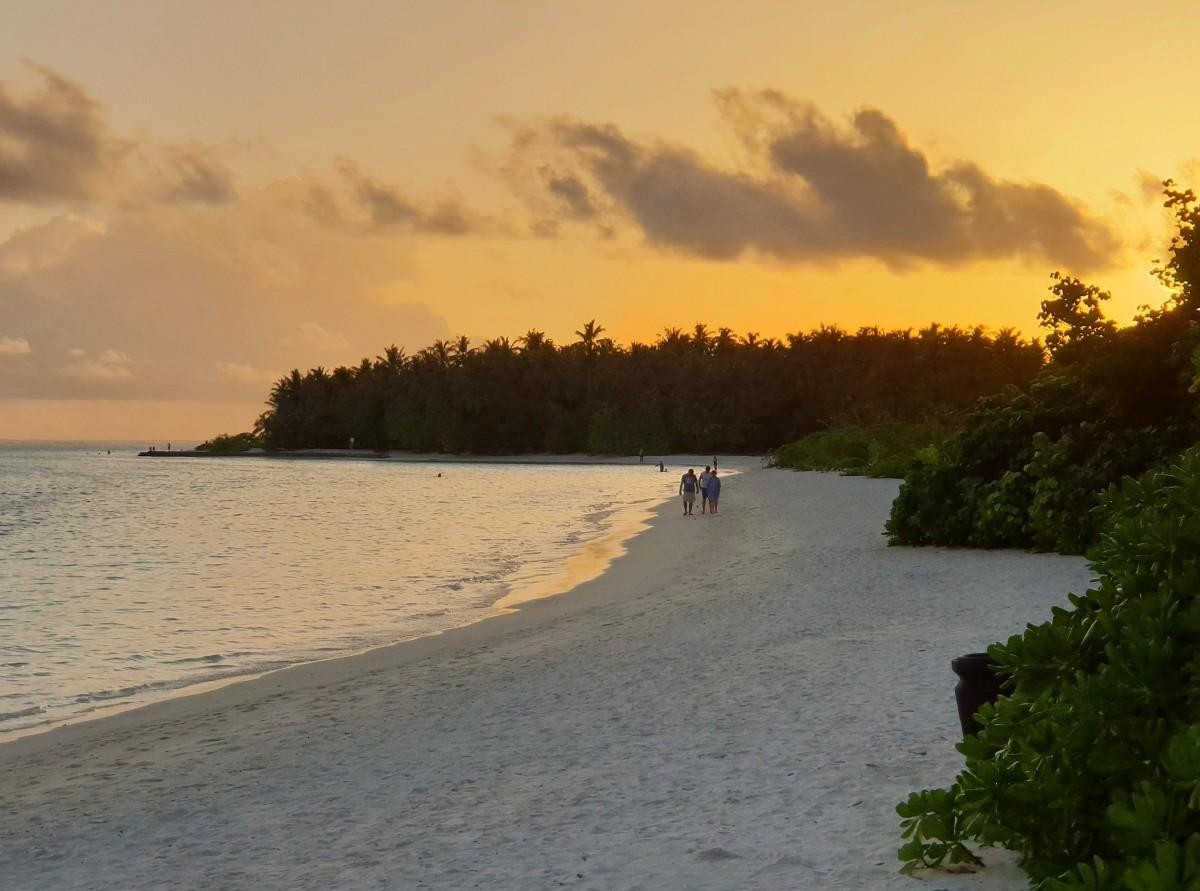 Solnedgang på Sun Island, Maldivene