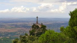 Kloster med utsikt på Mallorca